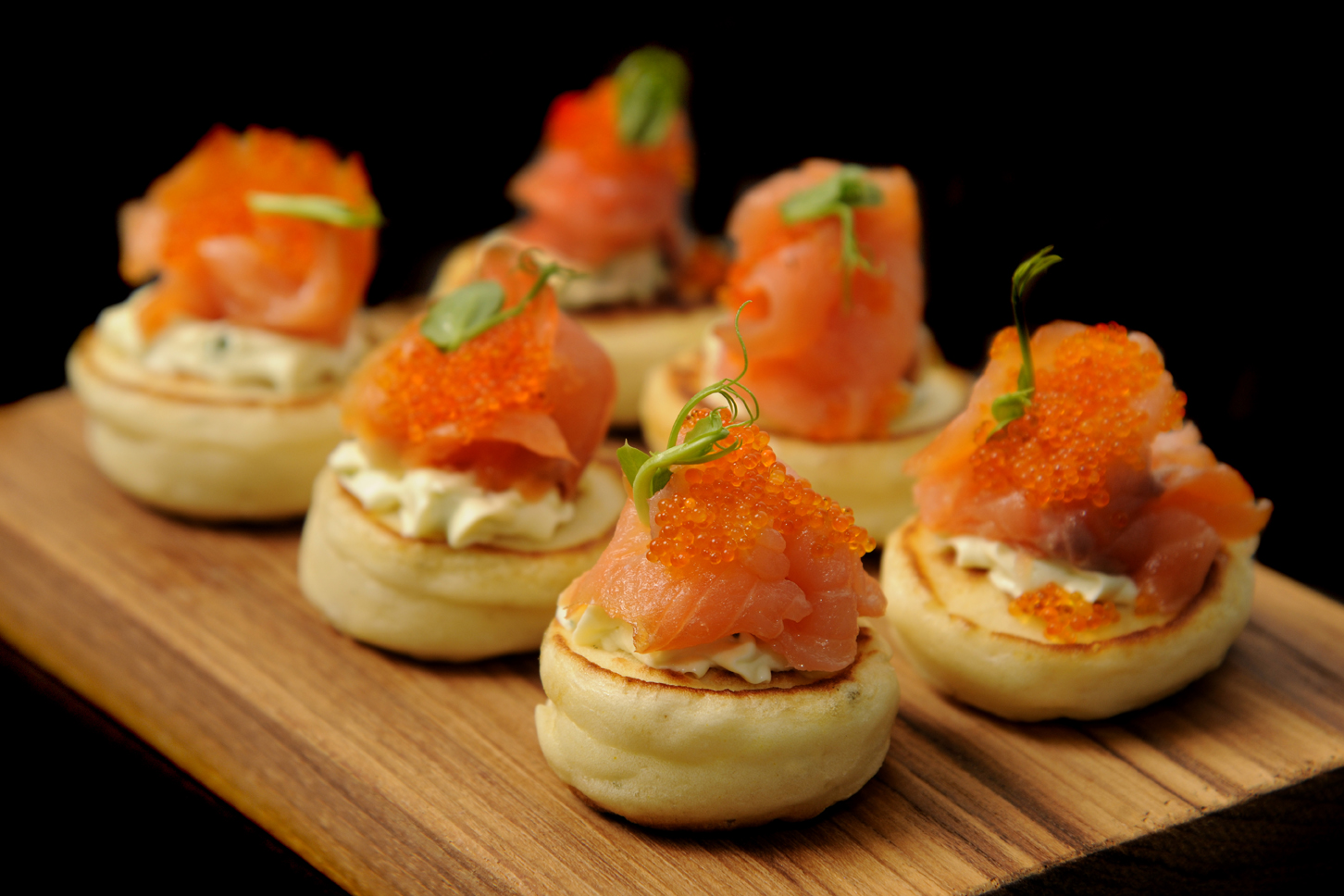 Smoked salmon bilini creative catering perth for Canape caterers